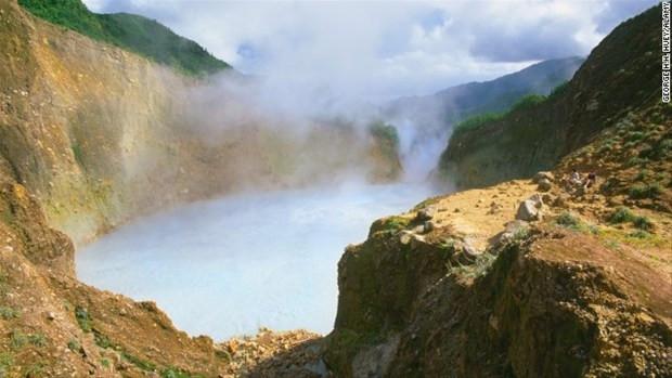 Dünyanın en ilginç gölleri! - Page 2