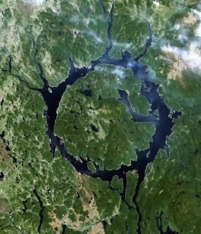 Dünyanın en ilginç gölleri! - Page 3