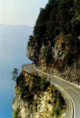 Dünyanın en ilginç ve güzel yolları - Page 3