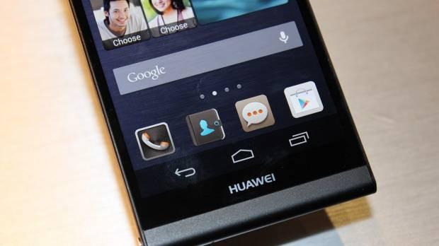 Dünyanın en ince telefonunun siyah versiyonu - Page 1