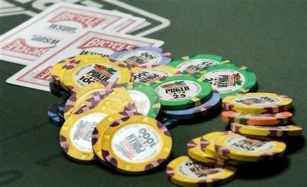 Dünyanın en iyi poker oyuncularını bile yenebilecek program - Page 2