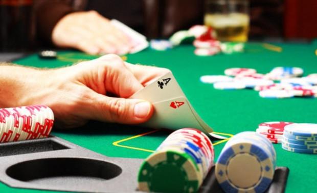 Dünyanın en iyi poker oyuncularını bile yenebilecek program - Page 3