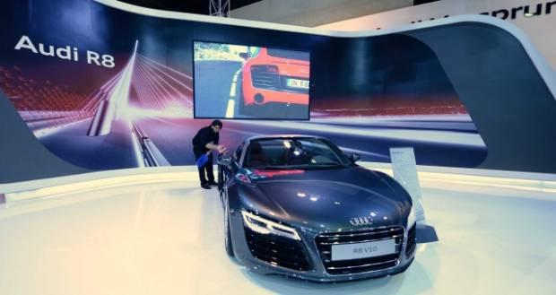 Dünyanın en pahalı harika otomobilleri - Page 2