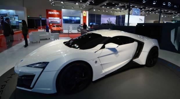 Dünyanın en pahalı harika otomobilleri - Page 4