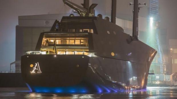 Dünyanın en pahalı ve en büyük yatı Superyacht 'A' - Page 1