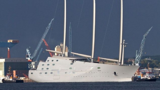 Dünyanın en pahalı ve en büyük yatı Superyacht 'A' - Page 4