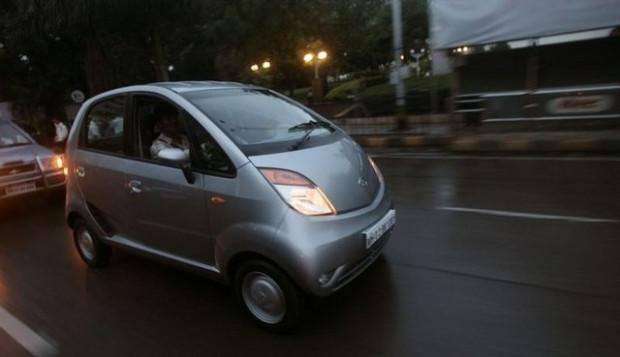 Bu araba iki iPhone ediyor! - Page 2