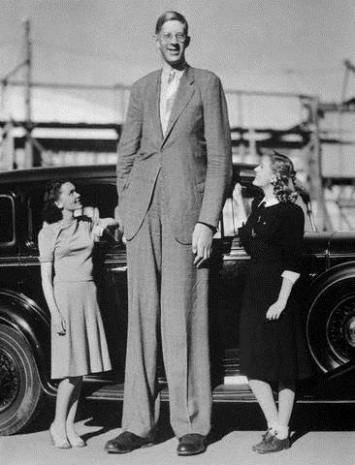 Dünyanın en uzun adamı! - Page 1