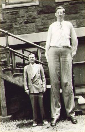 Dünyanın en uzun adamı! - Page 2