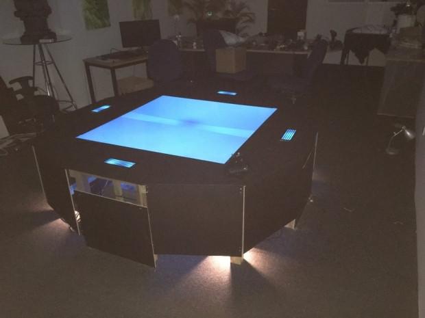 Dünyanın ilk çok kullanıcılı hologram masası - Page 3