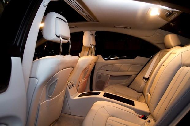 'Dünyanın ilk dört kapılı Coupe'si Mercedes CLS yenilendi - Page 4
