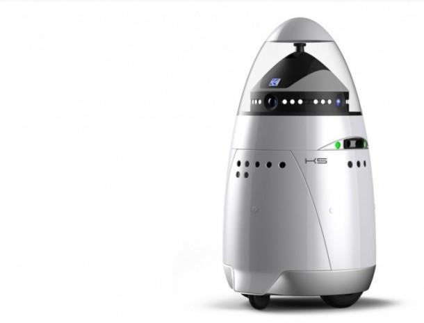 Dünyanın ilk robot güvenlik görevlisi! - Page 2