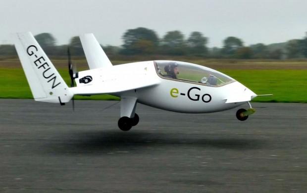 E-Go karbon fiber kanatlı tek kişilik uçak - Page 2
