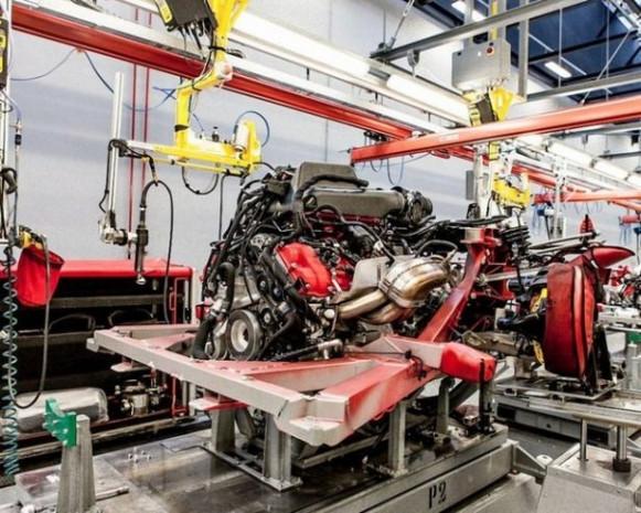 Efsane araba Ferrari nasıl üretiliyor? - Page 1