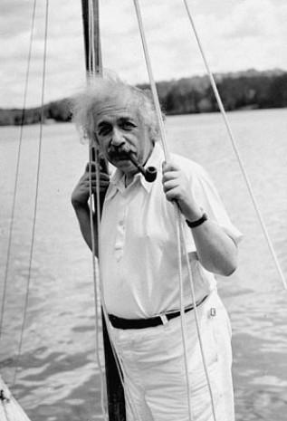 Einstein'ın başarı sırlarını merak ediyor musunuz? - Page 1
