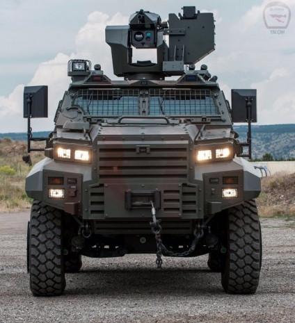 Ejder Yalçın 4x4 Taktik Tekerlekli Zırhlı aracı - Page 1