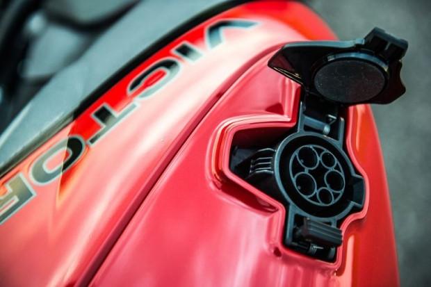 Elektrikli motosiklet, Empulse TT - Page 4