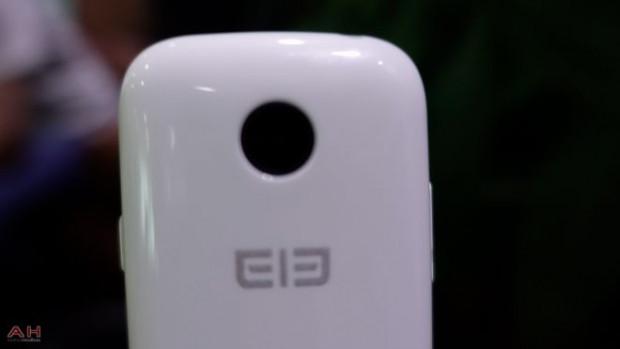 Elephone, Android tabanlı mikro akıllı telefon üretiyor - Page 1