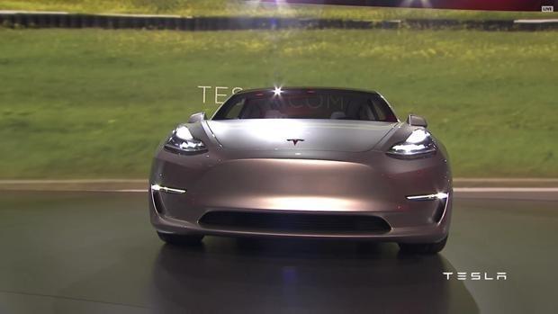 En çok satan elektrikli araç Tesla 3 - Page 3