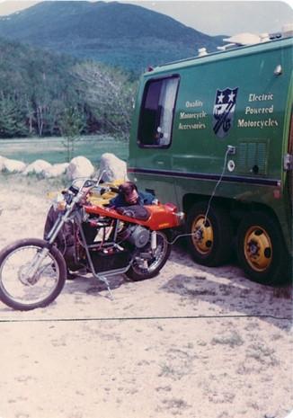 En hızlı elektrikli motorsiklet unvanı Quicksilver Mike Corbin'de - Page 1