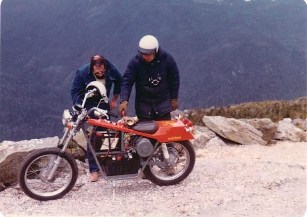 En hızlı elektrikli motorsiklet unvanı Quicksilver Mike Corbin'de - Page 3