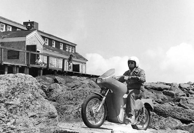En hızlı elektrikli motorsiklet unvanı Quicksilver Mike Corbin'de - Page 4