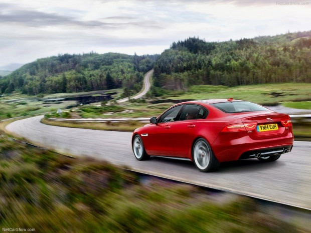 En ince ayrıntısına kadar Jaguar XE S 2016! - Page 2