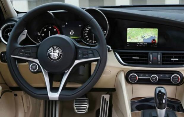 En iyi iç mekana sahip otomobiller 2017 - Page 3