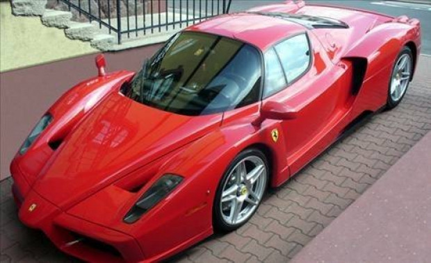 En pahalı arabalar - Page 1