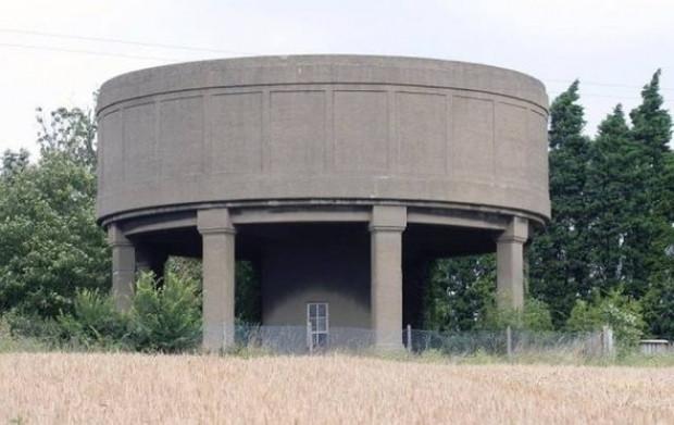Eski beton su kulesi rezidansa dönüştü - Page 1