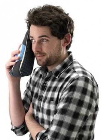 Eski telefonlar ayak altında - Page 3