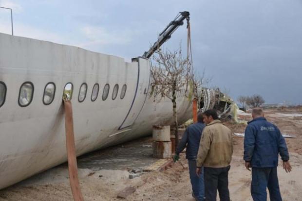 Eski uçak AIRBUS A300 kafeterya oluyor! - Page 2
