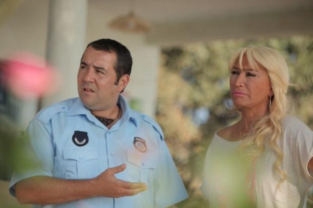 Eyvah Eyvah 3 filminden yeni kareler - Page 1