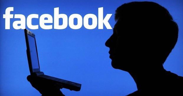 Facebook'ta canlı yayın dönemi başlıyor - Page 1