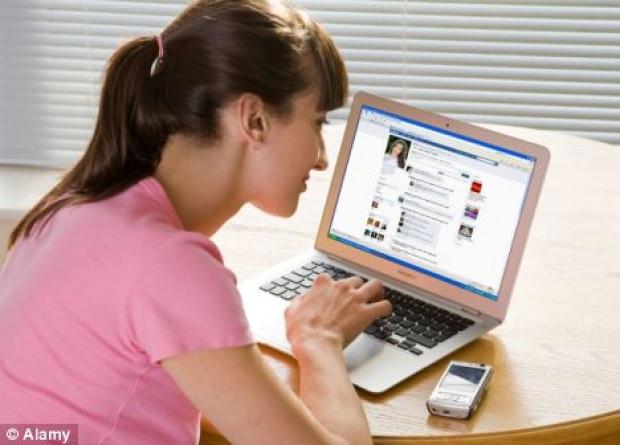 Facebook'taki sinir bozucu 21 arkadaş tipi - Page 4