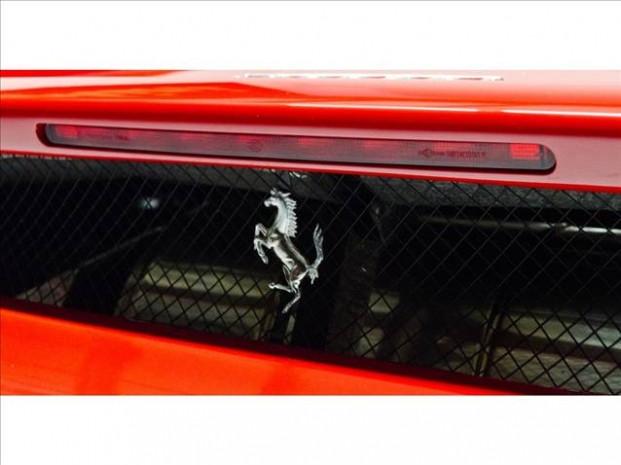 Ferrari Enzo 2,7 milyon Amerikan Doları'na satışa çıktı - Page 4