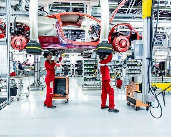 Ferrari nasıl imal ediliyor? - Page 1