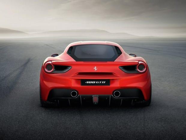 Ferrari, yeni modeli 488 GTB'yi otomobil tutkunlarının beğenisine sundu - Page 4