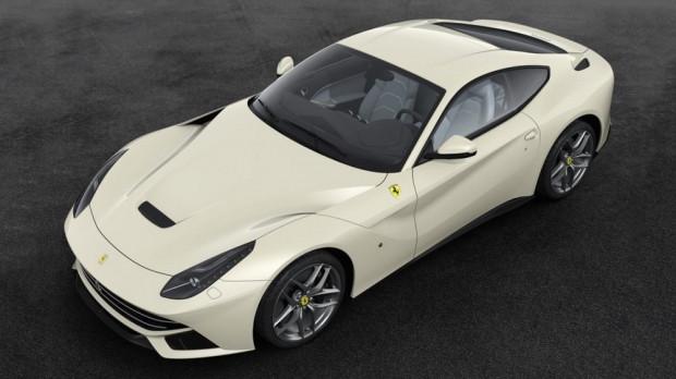 Ferrari'nin 70'inci yılına özel olarak sınırlı sayıda üreteceği modeller - Page 4