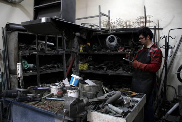 Fırat üniverstesi hurda araçlardan sanat eserleri yapıyor - Page 4