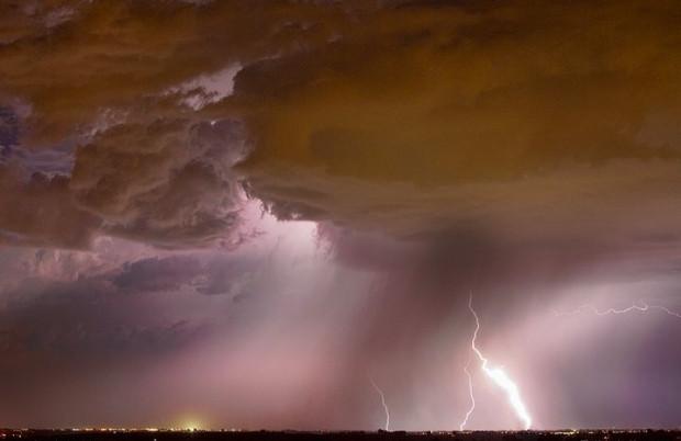 Fırtına koparan bulutların korkutan güzelliği - Page 3