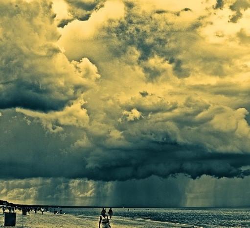 Fırtına koparan bulutların korkutan güzelliği - Page 4