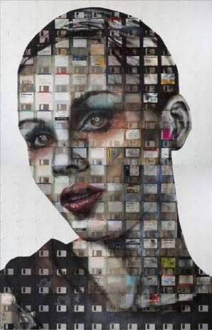 Floppy disklerden oluşturulmuş insan portreleri - Page 4