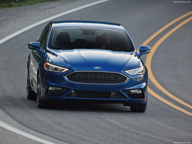 Ford Fusion V6 Sport 2017 - Page 1