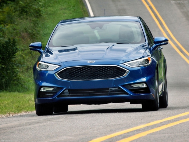 Ford Fusion V6 Sport 2017 - Page 2