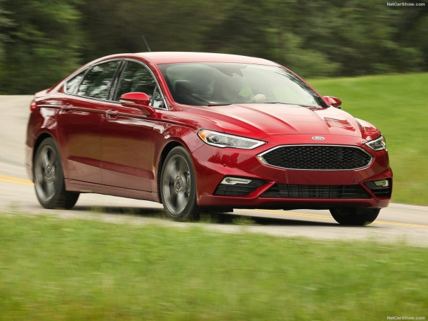 Ford Fusion V6 Sport 2017 - Page 4
