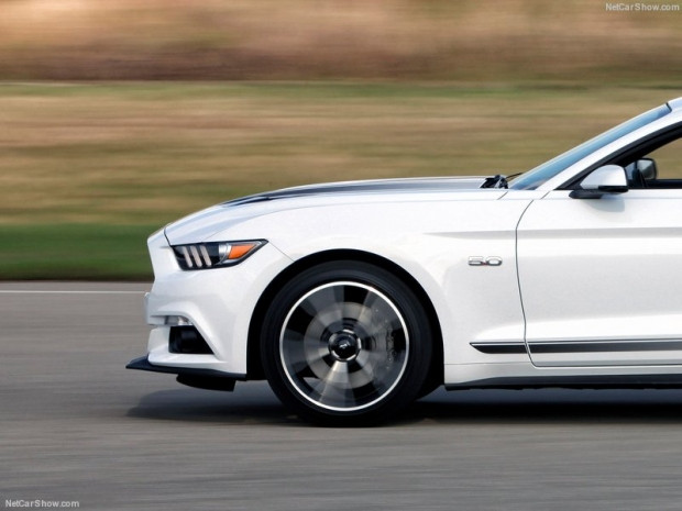 Ford Mustang 2016 - Page 1
