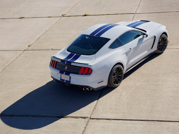 Ford Mustang Shelby GT350 2016 - Page 1