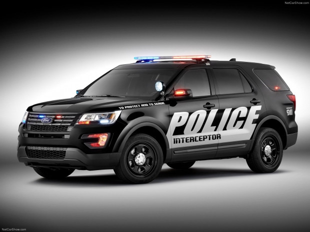 Ford Polis Interceptor Utility (2016) - Page 4