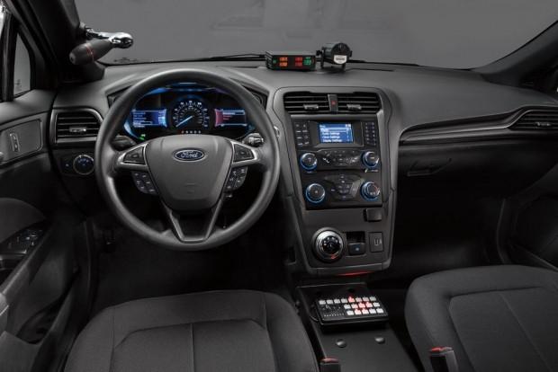 Ford Police Responder Hybrid Sedan 2018 - Page 3